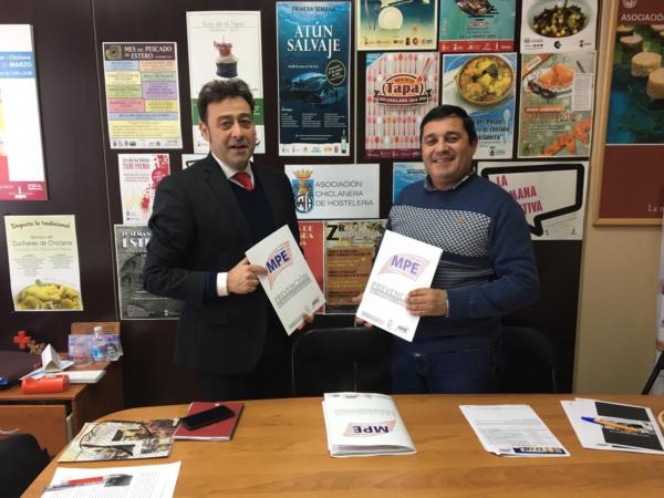 Acuerdo de colaboración Grupo MPE y la Asociación Chiclanera de Hostelería